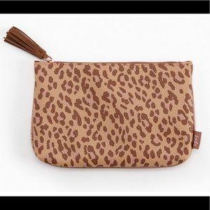 Ipsy bag leopard glam travel case makeup case